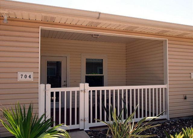 Front of unit - Big Slice of Paradise offers endless amenities in a great location. - Corpus Christi - rentals