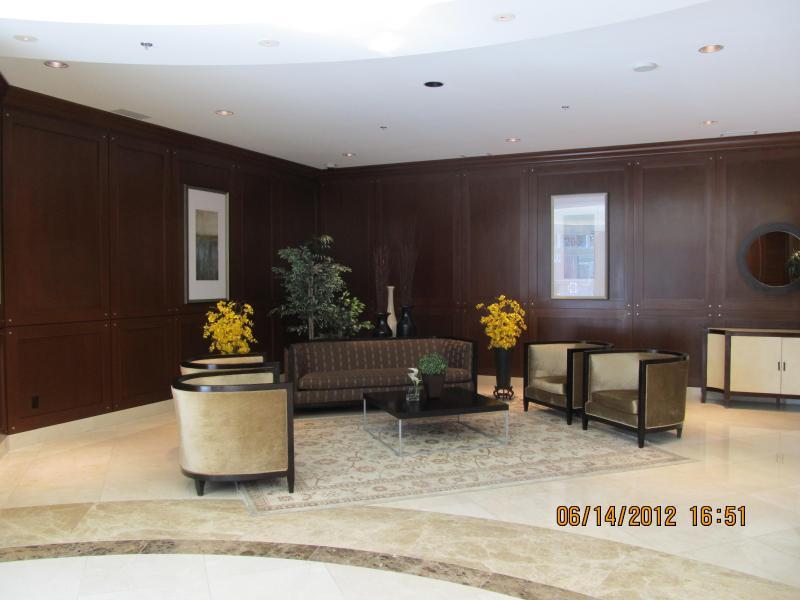 Entrance - Wonderful condo at downtown Ottawa Canada! - Ottawa - rentals