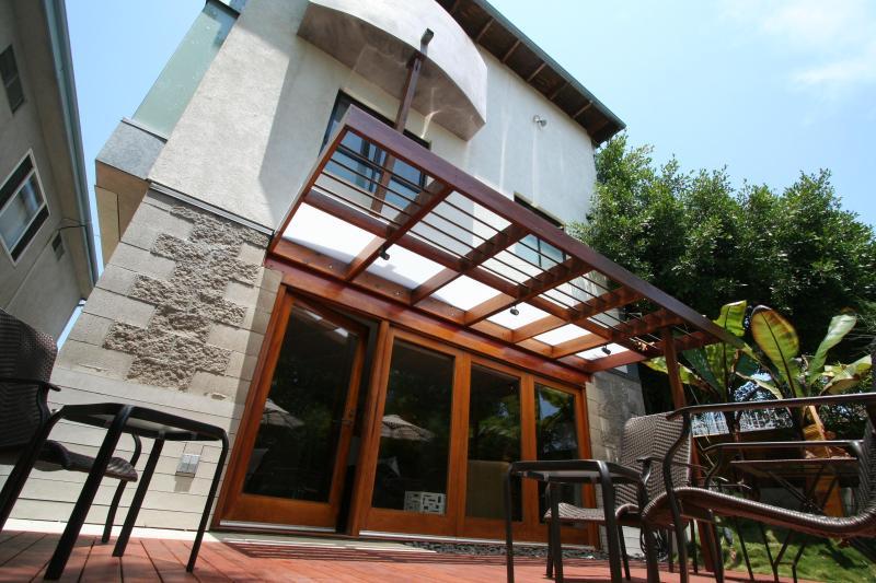 135 Vista Place, Venice, CA  90291 - Zen Like Retreat - 2 Blocks to Beach! - Santa Monica - rentals