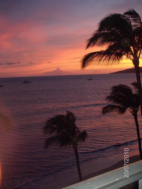Beautiful Sunset View from Lanai - Heavenly Ocean Front Condo At Sugar Beach Resort - Kihei - rentals