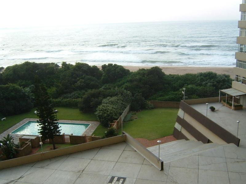 View from the window - Beach holiday apartment with terrific ocean views - Amanzimtoti - rentals