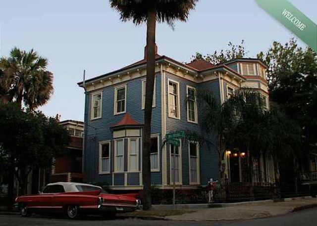Forsyth Park Chateau - Image 1 - Savannah - rentals
