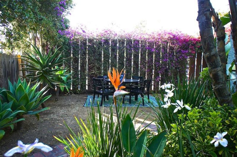Outdoor Dine - ABHA Venice Bungalow Retreat - Los Angeles - rentals