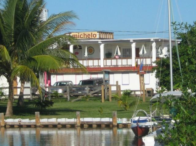 Michelo - Image 1 - Placencia - rentals