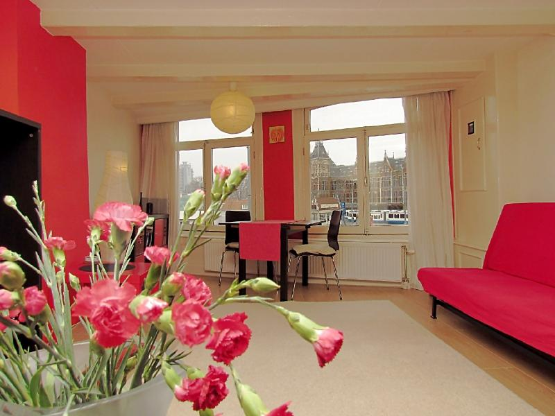 AmsterdamStay Apartments: One Bedroom - Key 1014 - Image 1 - Amsterdam - rentals