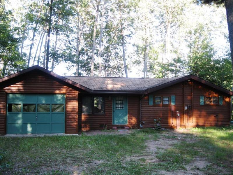Hummingbird Hill - Hummingbird Hill - A 3 Season Cedar Log Home on Big St. Germain Lake - Saint Germain - rentals
