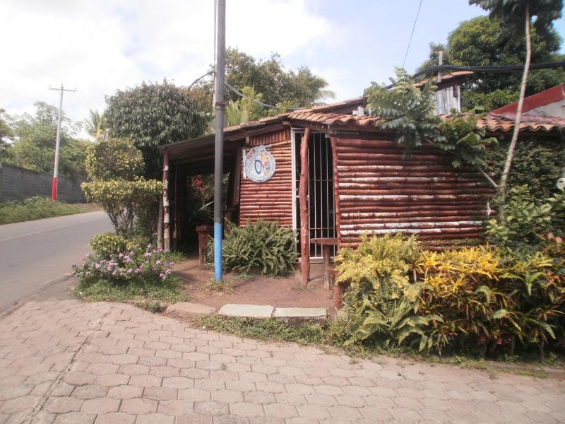 Entrance - Apartment San Pedro in Residential Managua - Managua - rentals