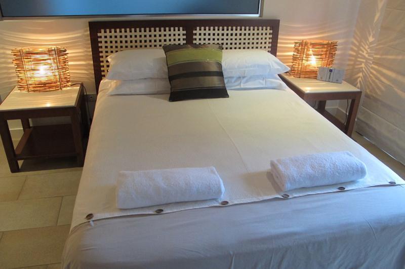 312 Sea Temple - Luxury Studio Room - Image 1 - Palm Cove - rentals