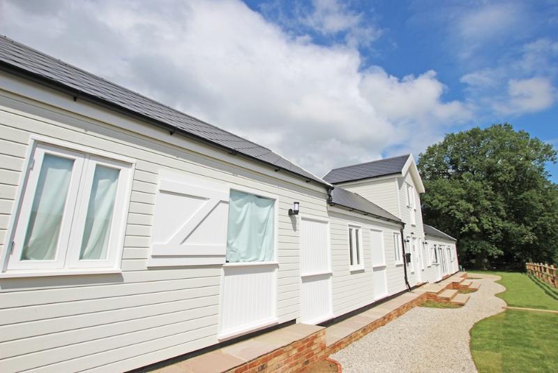 Newly Restored Angel Oak Cottage in Beautiful Kent - Image 1 - Kent - rentals