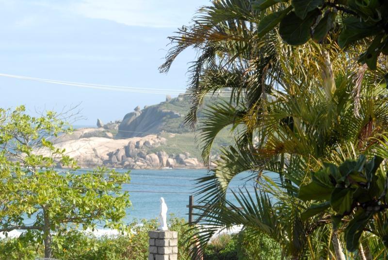 Praia Mole Beach view - A great 2 bed/2 bath Beach Townhome at Praia Mole! - Florianopolis - rentals