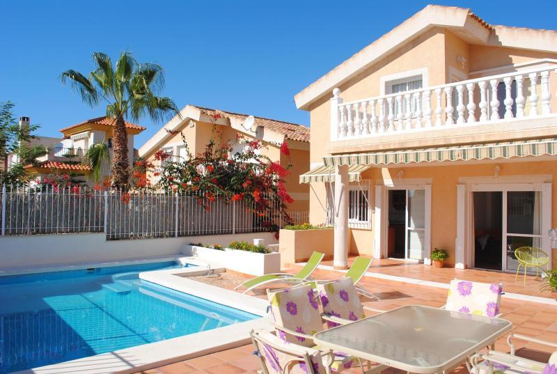 Villa Aqua - VILLA WITH POOL, JACUZZI, SEAVIEWS, WIFI AND BBQ. - Puerto de Mazarron - rentals