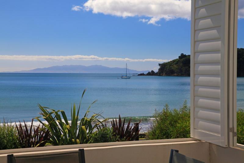 BEACH PARADE - Image 1 - Oneroa - rentals