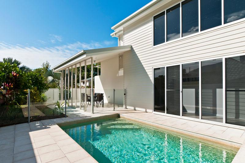 PETITE ON THE COVE - Image 1 - Palm Cove - rentals