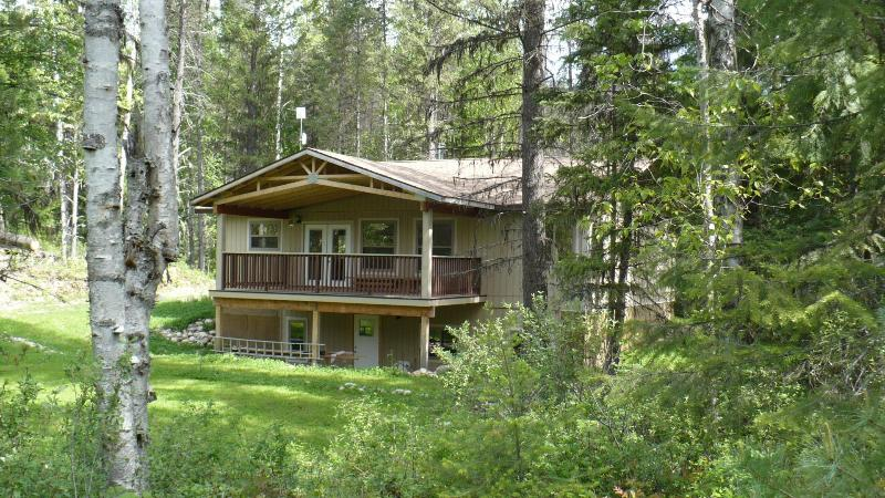 Elevation 2 - Rosebud Cottage  the best vacation value in the We - Salmo - rentals