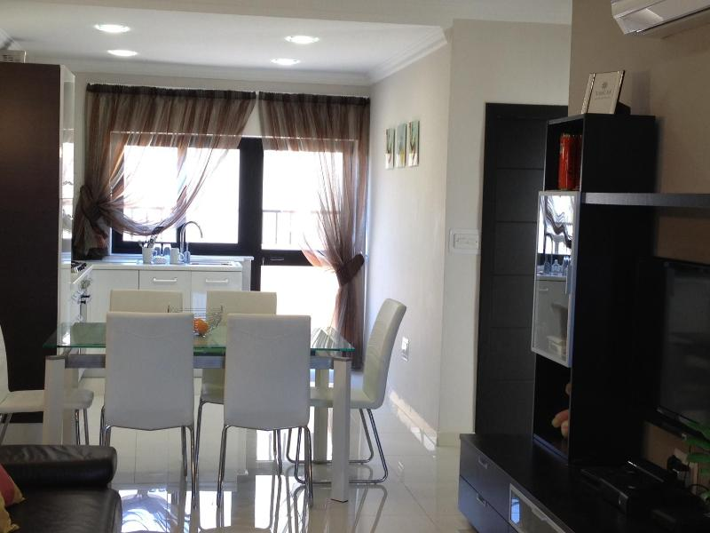 dining area - NEW PENTHOUSE IN THE VERY SOUTH OF THE ISLAND MALT - Marsascala - rentals