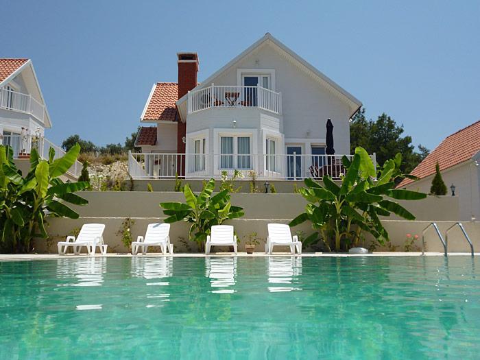 The Villa faces the pool - Holiday villa with shared pool in Kusadasi - Sogucak - Kusadasi - rentals