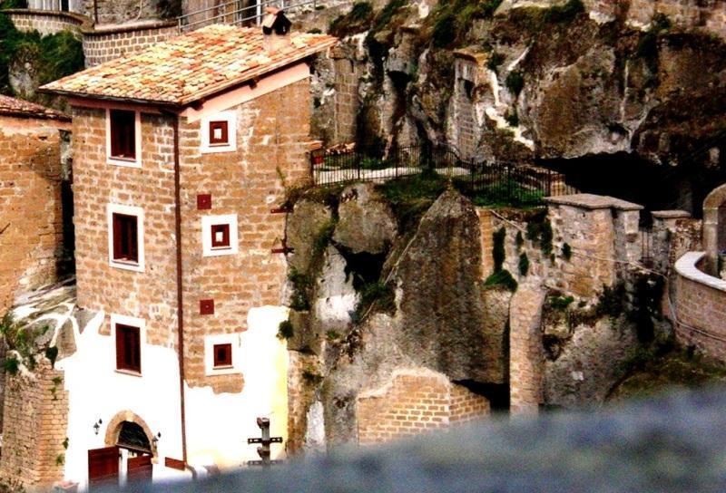 Torre Avellana - Hazelnut tower - Image 1 - Vignanello - rentals