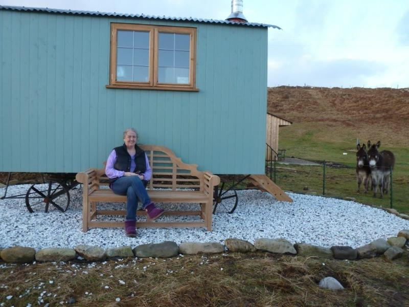 Bothan Buidheag, and your host, Janet - Skye Shepherd Huts BOTHAN BUIDHEAG - dogs welcome - Ord - rentals