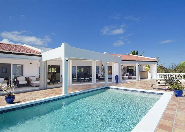 Amazing Ocean Views offered at this 4 Bedroom Villa - Image 1 - Saint Martin-Sint Maarten - rentals