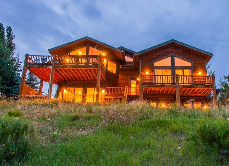 Welcome to Sunnyside  - Sunnyside at Deer Valley Resort with Private Hot Tub, and Mountain Views - Park City - rentals