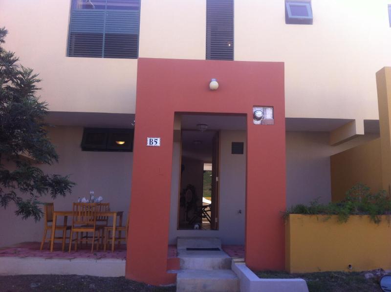 FRONT VIEW WITH TERRACE - Villa in Caboqueron Beach Resort - Boqueron - rentals