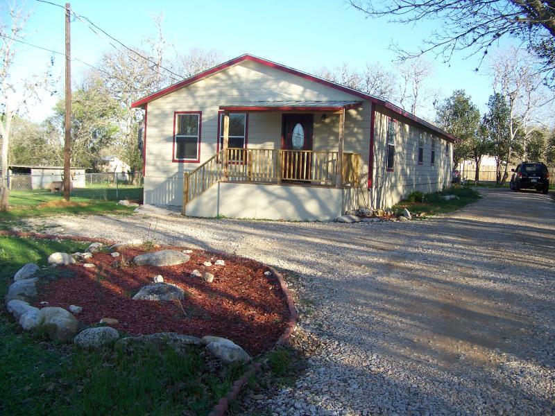 The Rest Stop in Bandera Texas - Image 1 - Bandera - rentals