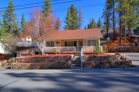Curb View - Big Bear Lake 3BR house near lake and ski slopes - Big Bear Lake - rentals