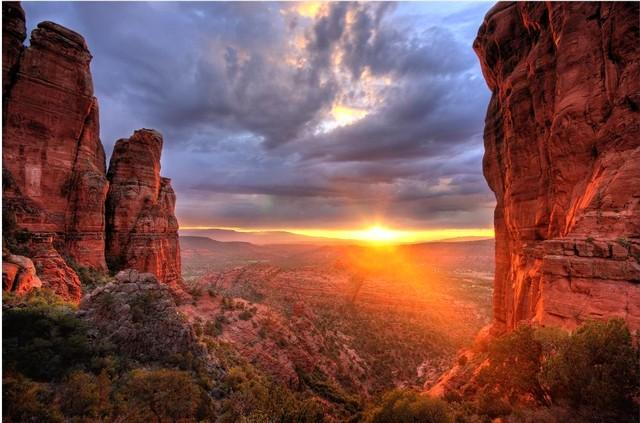 Call or Text 602.317.2006 Jim Gioiosa - Sedona Vacation Rental Luxury 2BR  Save 50% $269 - Sedona - rentals