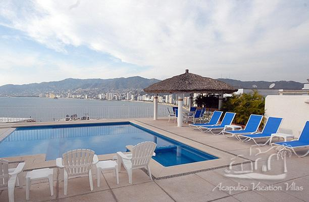 ACA - AGUA AZURE4  - Simple and bright villa with great ocean views, close to beach and entertainment - Image 1 - Acapulco - rentals