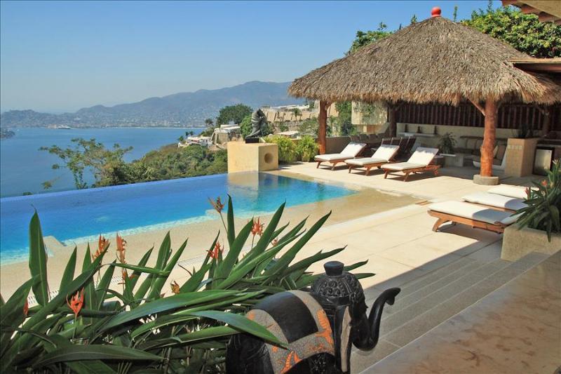 ACA - ZEUS06 Polynesian style villa great ocean views - Image 1 - Acapulco - rentals