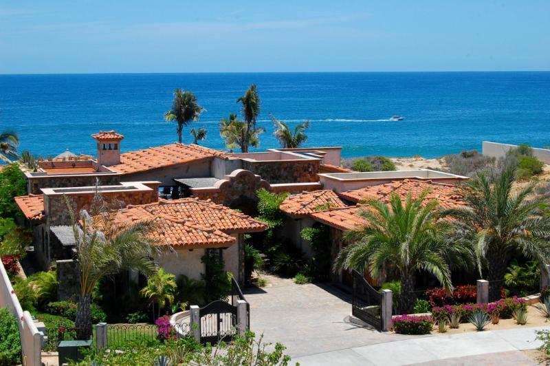 Overview - Villa Estero, an amazing beachfront Villa - San Jose Del Cabo - rentals
