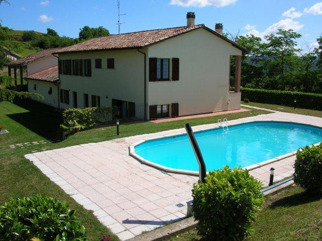 Ca`Urbino - Single house with 12 sleeps - Image 1 - Urbino - rentals