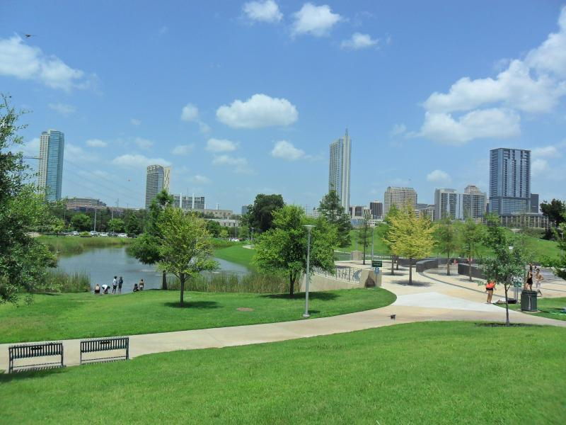 Walk to Parmer Event Center ,Lady Bird Lake & Downtown - Beautiful Townhome Walk to Downtown Austin & SOCO - Austin - rentals