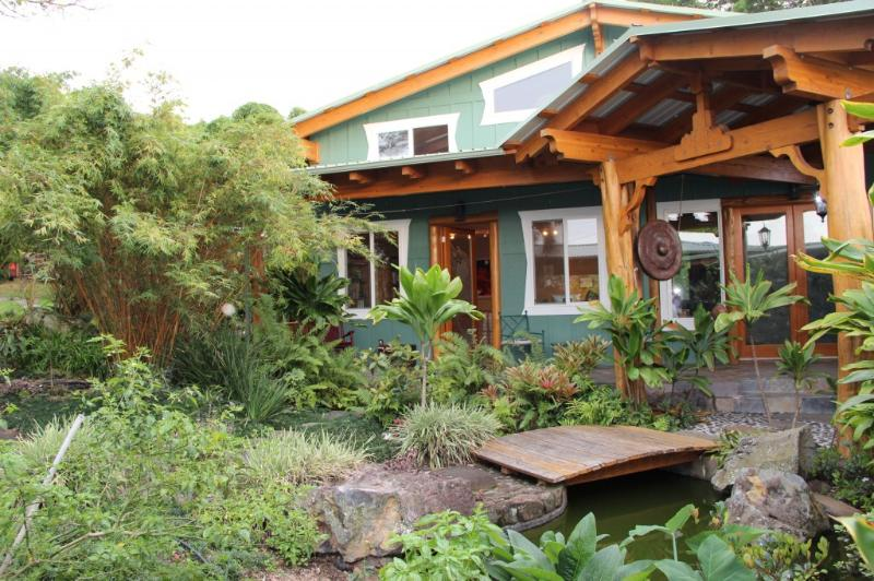 Main House - Big Island Farmstay – Sunset Suite w/ Ocean View - Kealakekua - rentals