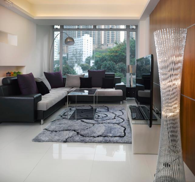 Enjoy the evening while watching a movie on a 60' large TV. PS3 and Apple TV are also provided - ILOVE IT!PENTHOUSE BIG LUXURY Boutique MTR  FAMILY - Hong Kong - rentals