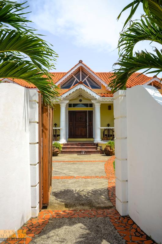 Open Gate - Villa Canary. St. Lucia. - Cap Estate, Gros Islet - rentals
