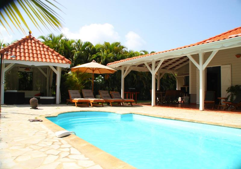 By the pool - Elegant Creole style Villa with pool near beaches - Sainte-Anne - rentals