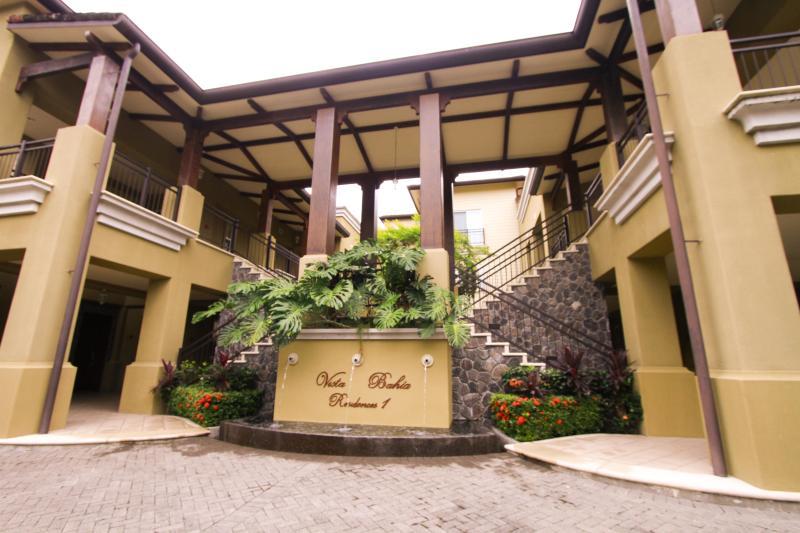 Beautiful Los Sueños Resort Vista Bahia Condo - Image 1 - Herradura - rentals