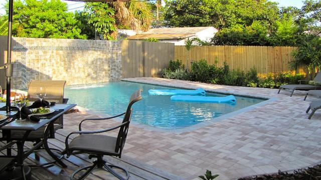 WILTON BUNGALOW WEST, 2Bed/2Bath, Pool, Quiet Area - Image 1 - Fort Lauderdale - rentals