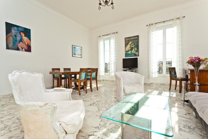 Luxury 3 Bedroom Place Massena Apartment, Nice France - Image 1 - Nice - rentals