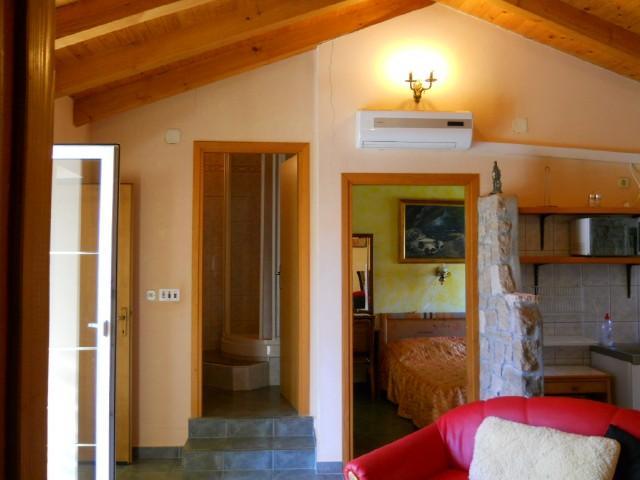 Apartments Branimir - 28901-A1 - Image 1 - Sutomiscica - rentals