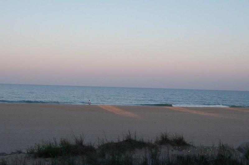 Breath taking ocean front views - 2BR/2BA Gorgeous Beachfront Condo - Stunning View - Carolina Beach - rentals