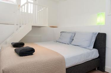 Basement sleeping room 1 - Whole house city center 4 real doublebeds - Amsterdam - rentals