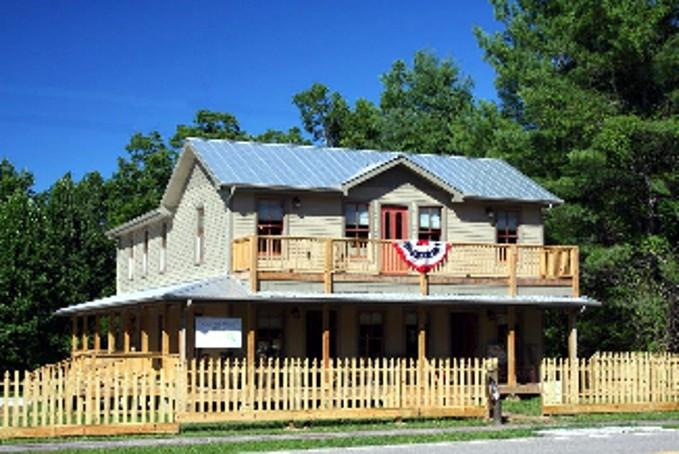 Alexander-Perrigo House - Alexander-Perrigo House in Rugby, Tennessee - Rugby - rentals