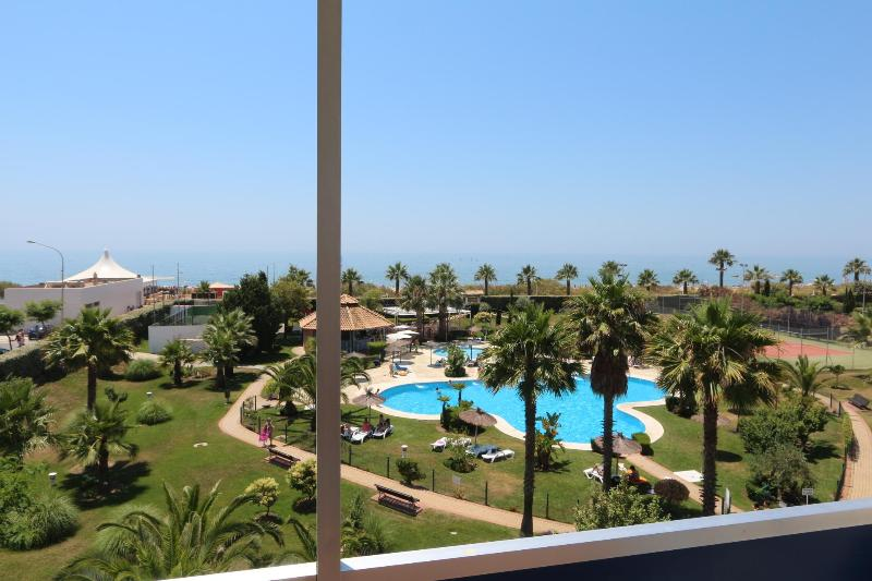 Views from the apartment - Beautiful Attic 1º ocean line sleeps 6 - Islantilla - rentals