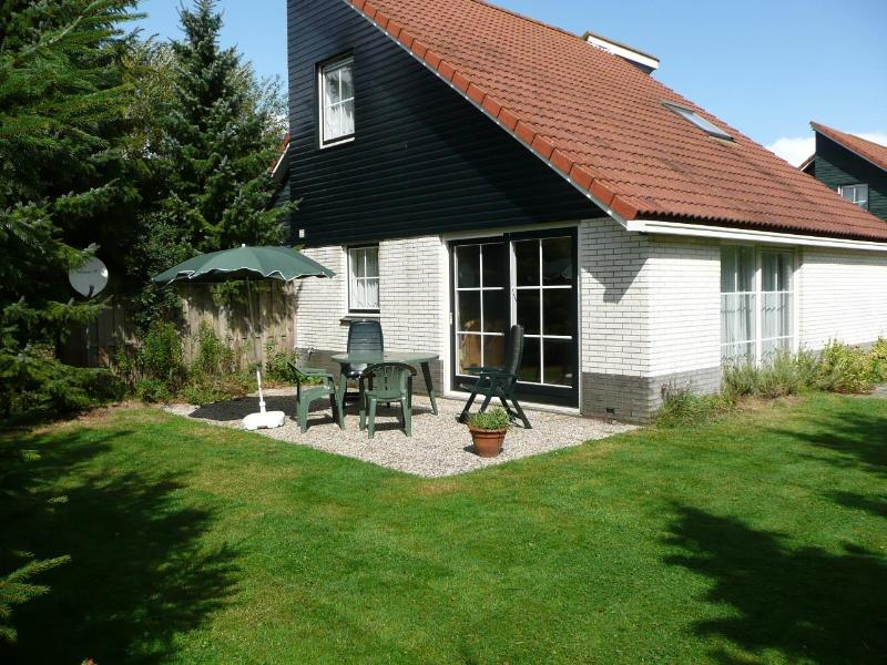 A lot of privacy and sunny terrace - Quiet, well equiped - Appelscha - rentals