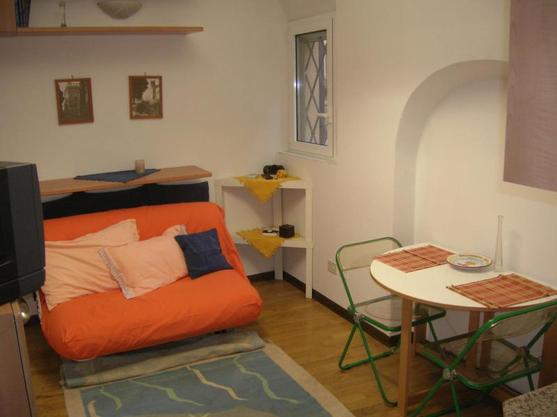 Sweet Cabin in Spanish College Area of Bologna - Image 1 - Bologna - rentals