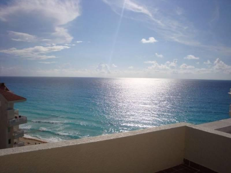 Terrace View Caribbean - Ocean Front Cancun 1 Bedroom PENTHOUSE - Cancun - rentals