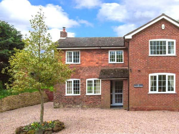 THE CORNER HOUSE, games room with pool & table tennis, WiFi, woodburner, detached cottage near Abberley, Ref. 912228 - Image 1 - Rock - rentals