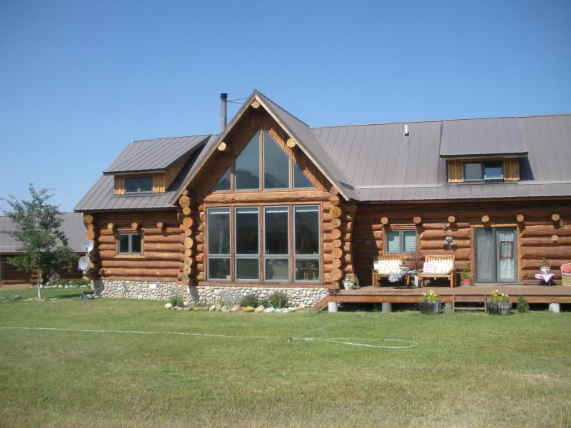 A Red Lodge Cabin - Custom log cabin on 20 acres close to Red Lodge - Red Lodge - rentals